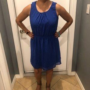 beautiful blue elle midi dress!